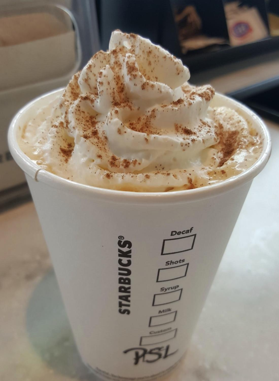 A delcious pumpkin spice latte.