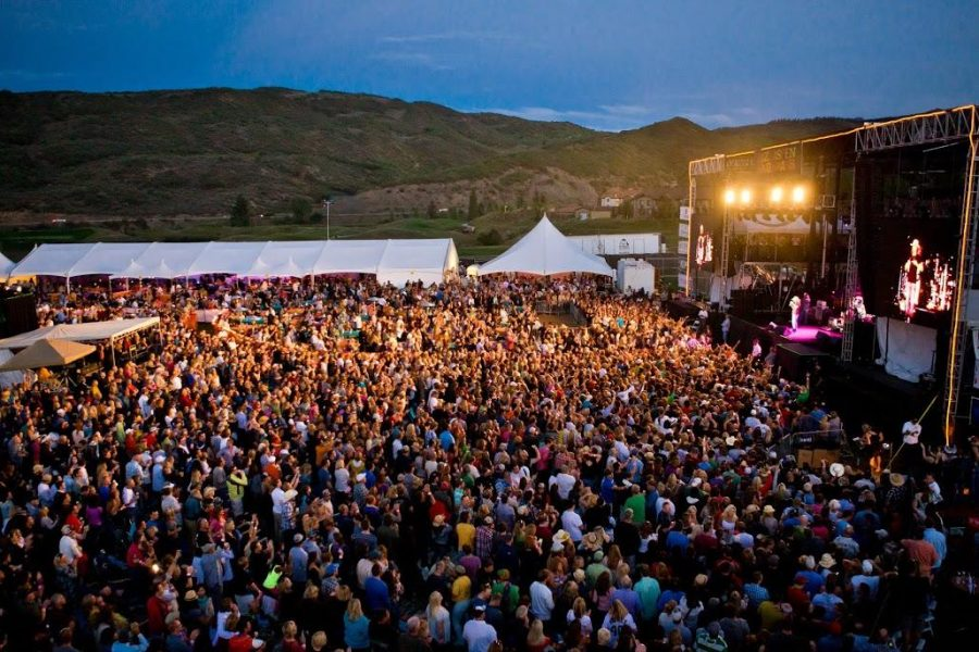 The+crowds+filled+at+the+JAS+Aspen+Labor+Day+Festival.