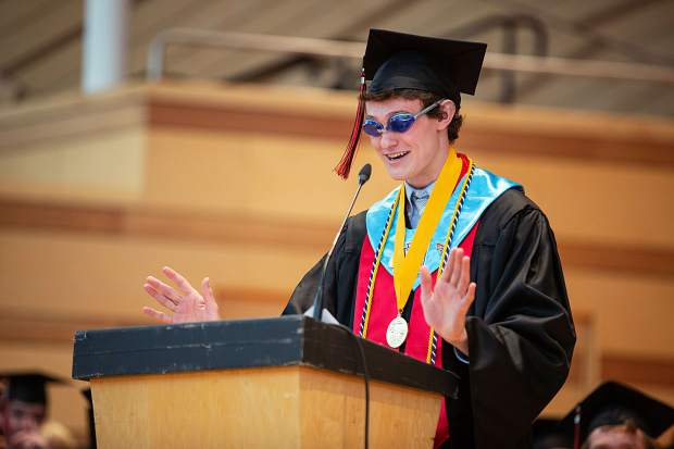 2019+Valedictorian+Cole+Petersen+delivers+his+commencement+speech+to+the+class+of+2019+in+May.