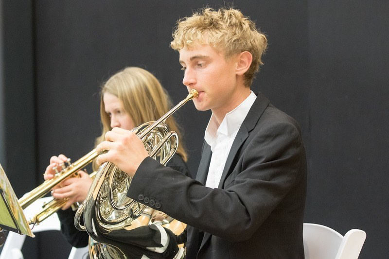 Daniel+Jansen%2C+a+junior+at+AHS%2C+plays+the+French+Horn+in+concert