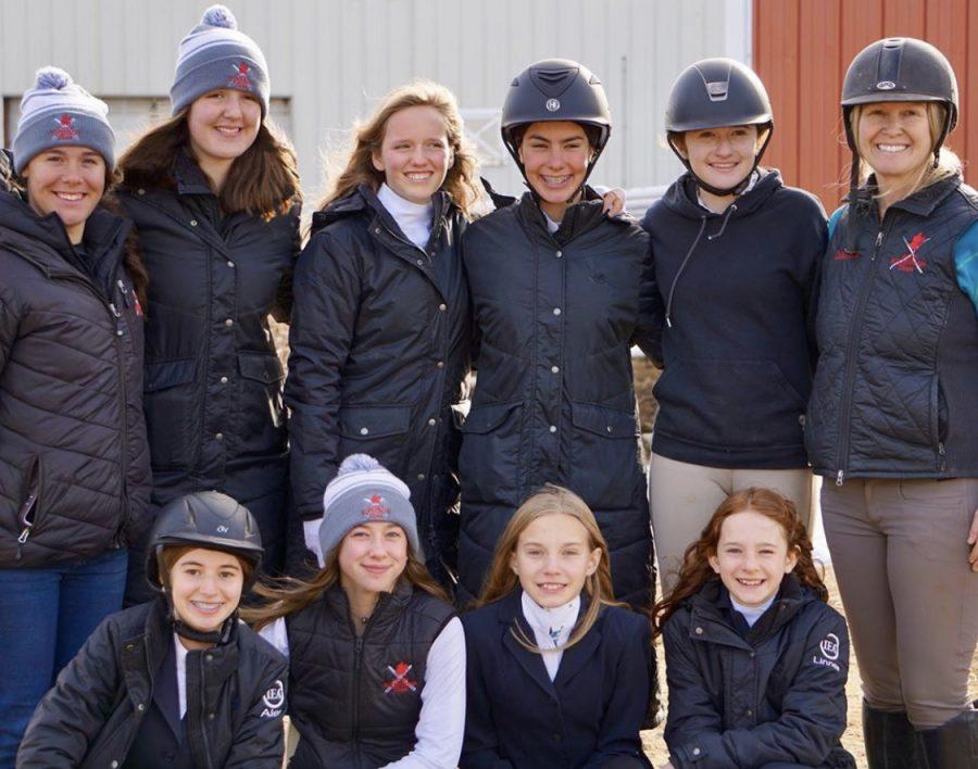 Aspen+Equestrian+Team%2C+including+middle+school+riders.