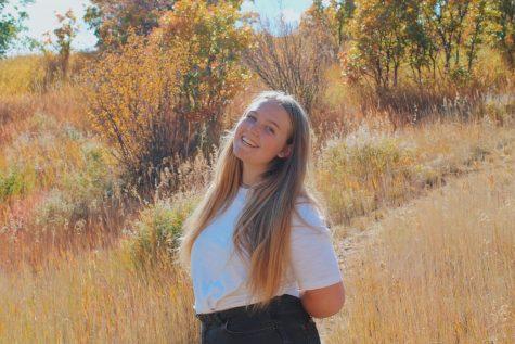 Senior Photo: Madison Thomsen