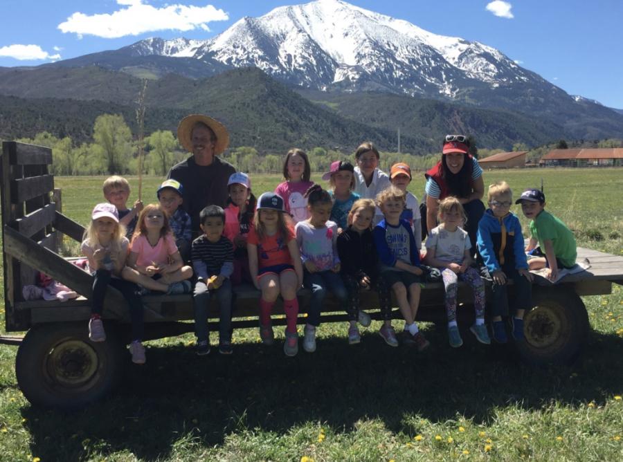 Kindergarten+sustainable+setting+field+trip+in+2017.